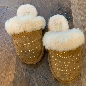 Kids Ugg Size 13 Slippers